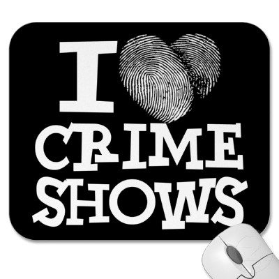 i_heart_crime_shows_mousepad-p144553057931536801envq7_400